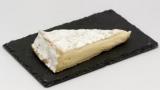 Сыр бри и камамбер: в чем разница между ними?